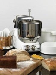 Bak Brød med Assistent Kjøkkenmaskin
