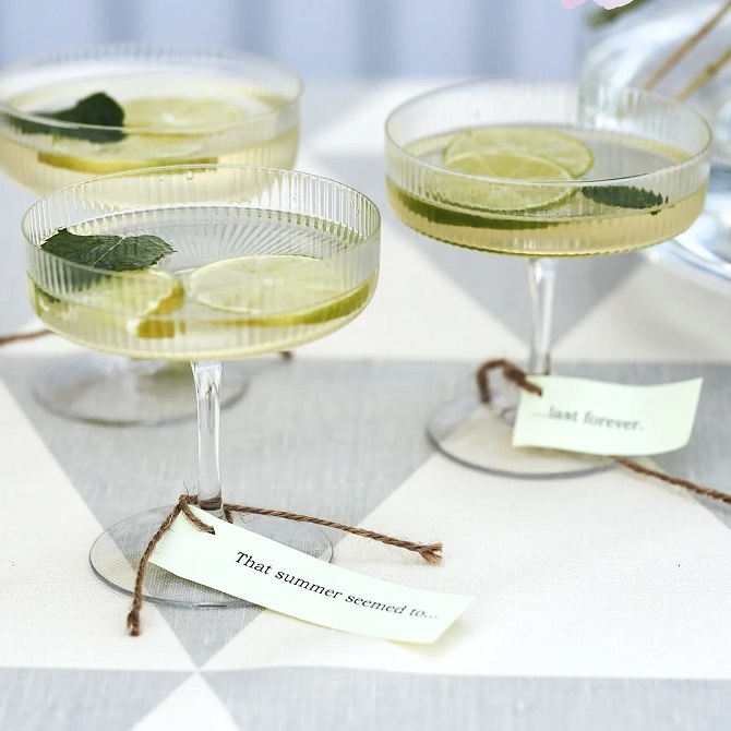 Firm Living RIpple Champagneglass