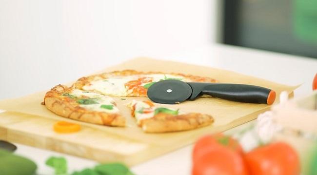 Fiskars Functional Form Pizzakutter