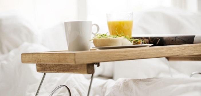 Wonderful Frokostbrett med Bein – Sengebrett til Frokost på Sengen! OG-51