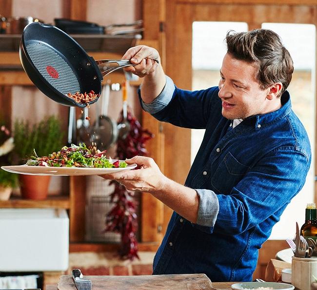 Jamie Oliver Cast Alu