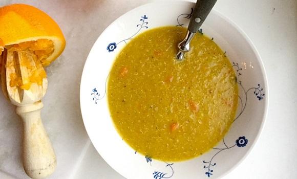 Linse- og quinoasuppe med nellik appelsin og gulrot